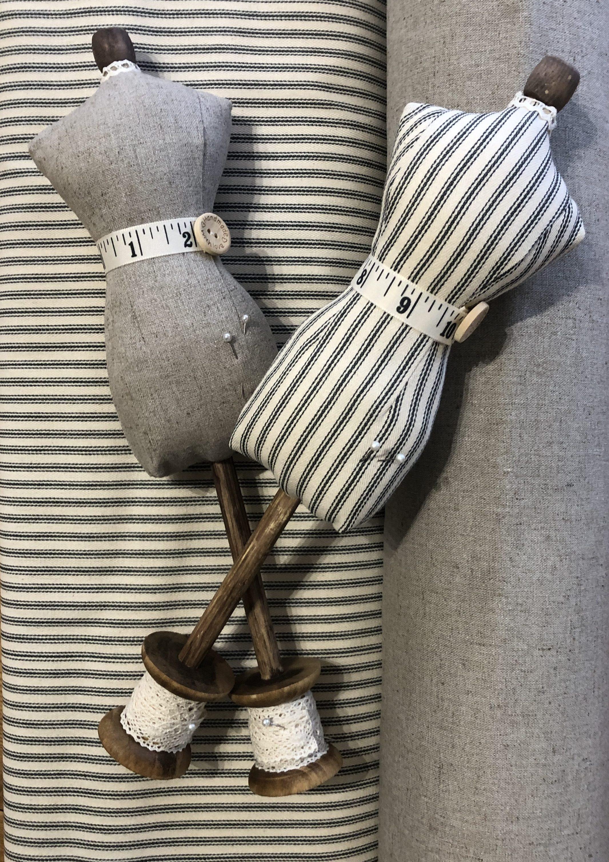the-S Brand  : dressmaker's dummy pincushion kit